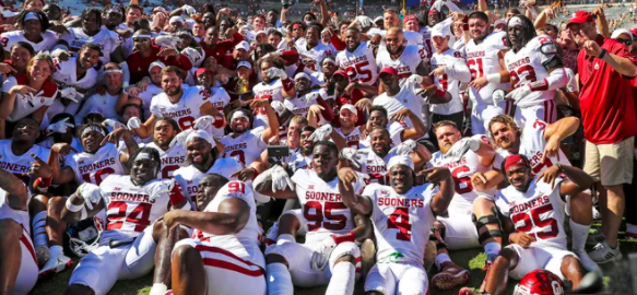 Updates Son of former Oklahoma quarterback torches Sooners in first half with four touchdowns
